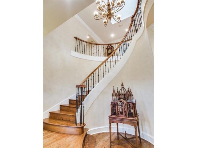 OakShores.Stairwell